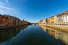 Arno River e Santa Trinita Bridge - Florence Italy immagini stock libere da diritti