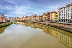 Arno River en Pisa, Italia Imagen de archivo libre de regalías