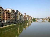 Arno River 2 Ponte Vecchio, Florence, Italien Fotografering för Bildbyråer