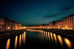 Arno River, vista di tramonto, Italia Immagini Stock Libere da Diritti