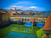 Arno rzeka, Ponte Vecchio i Florencja -, Włochy Obrazy Stock