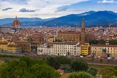Arno rzeki, Florencja Duomo, Katedralna Santa Maria Del Fiore kopuła Zdjęcia Royalty Free