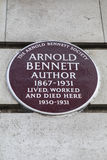 Arnold Bennett Plaque en Londres Fotos de archivo