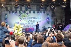 Arnold Schwarzenegger en la cumbre de mundo austríaca, Viena fotografía de archivo libre de regalías