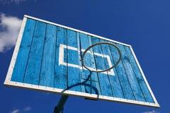 Aro de basquetebol da rua imagens de stock