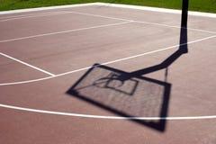 Aro de la bola de la cesta Foto de archivo libre de regalías