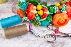 Aro de la turquesa de las flores, accesorios del pelo Fotografía de archivo libre de regalías
