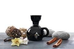 Aromata wystrój na stole i lampa zdjęcie stock
