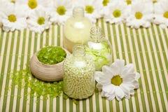 aromatherapy άλας λουλουδιών λο&ups Στοκ εικόνες με δικαίωμα ελεύθερης χρήσης