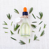 aromatherapy δεντρολίβανο ουσια&sig Στοκ εικόνες με δικαίωμα ελεύθερης χρήσης