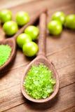 aromatherapy πράσινο άλας λουτρών Στοκ φωτογραφία με δικαίωμα ελεύθερης χρήσης