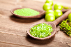 aromatherapy πράσινο άλας Στοκ φωτογραφία με δικαίωμα ελεύθερης χρήσης