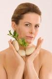 aromatherapy χαλαρώνοντας γυναίκα Στοκ Εικόνα