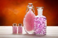 спа aromatherapy минералов розовая стоковые фото