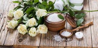Aromatherapy com rosas imagem de stock royalty free