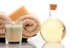 Aromatherapy oils with spa towels Stock Photography