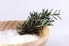 Aromatherapy - sal de baño y romero Fotografía de archivo libre de regalías