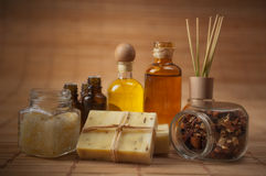 Aromatheray e fontes do cuidado do corpo Imagem de Stock Royalty Free