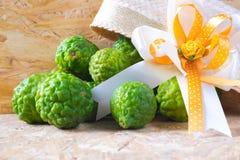 Aromatic spa έννοια των φρούτων κίτρων Στοκ φωτογραφία με δικαίωμα ελεύθερης χρήσης