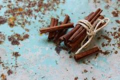 Aromatisch kaneelkruid stock foto's