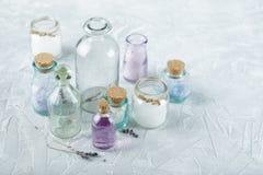 Aromatisch oliën en zout royalty-vrije stock foto