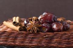 Aromatische ingrediënten die Kerstmiskoekjes bakken Royalty-vrije Stock Afbeelding