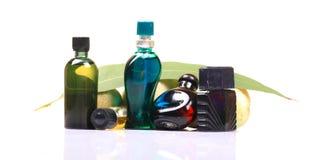 Aromatische olie en parfumflessen Stock Foto