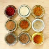 Aromatisk smaktillsats för att laga mat i köket Royaltyfria Bilder