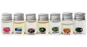 aromatiska oljeliten medicinflaska Royaltyfri Fotografi