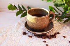 Aromatiskt kaffe är en favorit- drink royaltyfri bild
