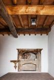 Aron εκτάριο kodesh (κιβωτός Torah) στη μεσαιωνική συναγωγή Sephardic (13ος/14ος αιώνας) Στοκ Εικόνες
