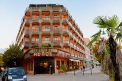 Arona, Ιταλία - 19 Οκτωβρίου 2016: Το ξενοδοχείο ατλαντικό Arona κοντά στην προκυμαία στοκ εικόνες