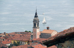 Arona em Lago Maggiore, Itália Fotografia de Stock