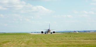 Aéronefs sur la piste Photographie stock