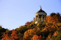 Arpa de Aeolus en Autumntime Señales y monumentos de Pyatigorsk Foto de archivo