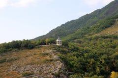 Arpa de Aeolus en verano. Señales y monumentos de Pyatigorsk Imagenes de archivo