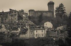 Arquata del Tronto χωριό που καταστρέφεται μεσαιωνικό από το σεισμό Στοκ φωτογραφία με δικαίωμα ελεύθερης χρήσης