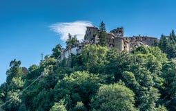 Arquata del Tronto ` s χωριό που καταστρέφεται μεσαιωνικό από το σεισμό Στοκ Εικόνα