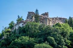 Arquata del Tronto ` s χωριό που καταστρέφεται μεσαιωνικό από το σεισμό Στοκ Εικόνες
