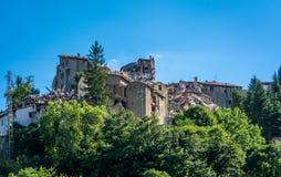 Arquata del Tronto ` s χωριό που καταστρέφεται μεσαιωνικό από το σεισμό Στοκ φωτογραφία με δικαίωμα ελεύθερης χρήσης