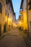 Arquata Scrivia (Ιταλία) τή νύχτα Στοκ Εικόνα