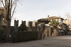 ` Arquato, ciudad medieval de Castell Imagen de archivo libre de regalías