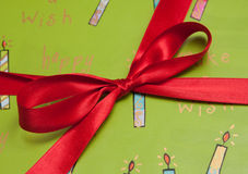 Arqueamiento del regalo Imagen de archivo