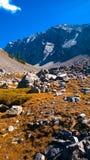 Arquee los colores de banff del valle del anfiteatro de la cascada del otoño Foto de archivo libre de regalías