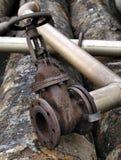 Arqueología industrial, válvula hidráulica Fotos de archivo libres de regalías