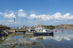 Arquipélago calmo de Landsort Éstocolmo do porto do convidado Foto de Stock Royalty Free
