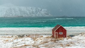 Arquipélago de Lofoten em Noruega no tempo de inverno fotos de stock royalty free