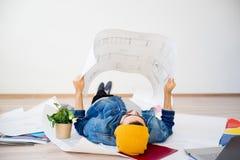 Arquitecto del Freelancer que trabaja de hogar Fotografía de archivo