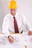 Arquitecto en el trabajo foto de archivo