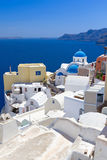 Arquitectura del pueblo de Oia en la isla de Santorini Imagenes de archivo